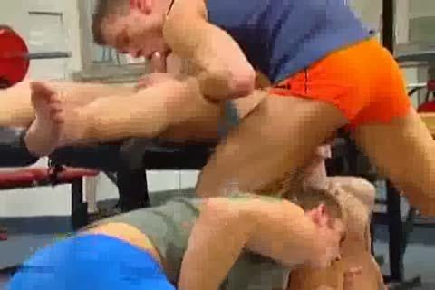 gangsex At The Gym