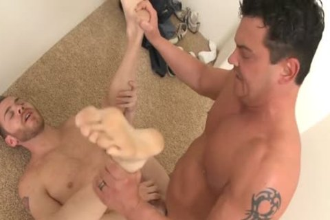 Tattooed Married man banging A homosexual's Prick