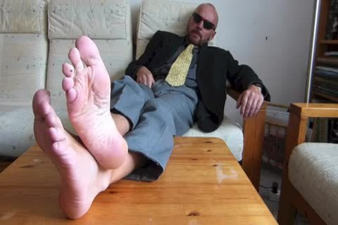 Back From The Office  . bare Feet And jerking off