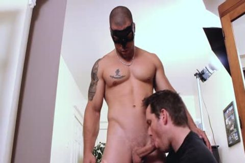 William Tests A Machine To jack off With!