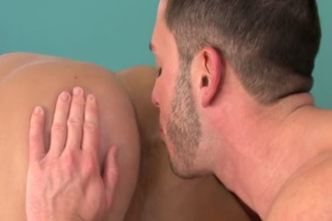 Brody Wilder And Aiden Marx have a pleasure sucking