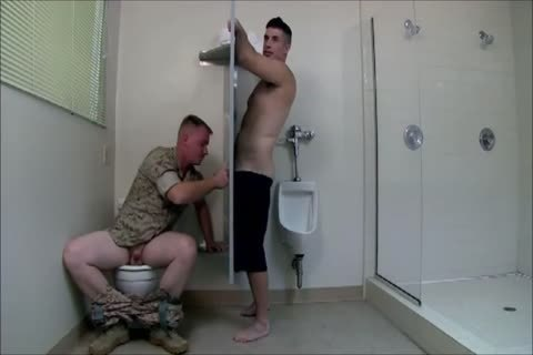 Army Gloryhole three-some