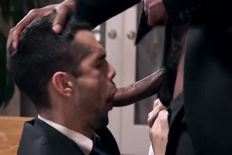 Giving Your black Boss A oral And Getting Barebacked