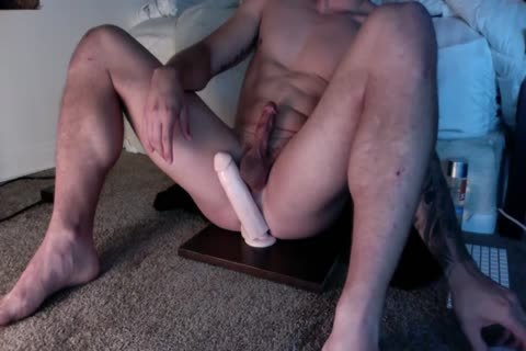 Muscle boy Riding A dildo