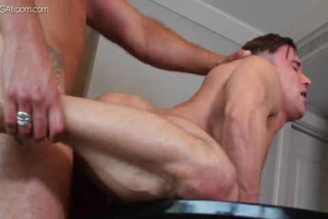 vigour Muscle Bottom Alexander Volkov acquires pounded By Tyler Roberts