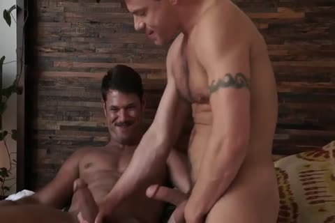 Jesse Santana nails His friend Tyler Roberts undressed