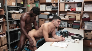 YoungPerps: Devin Trez pounded by Angel Duran in a car