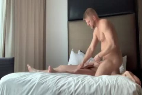 Two naughty Hunks Flip Flop Nailing