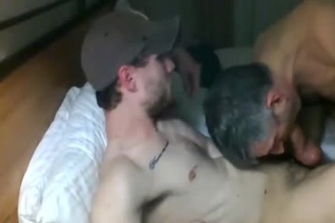 mature engulfing 10-Pounder In Live