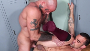 MenOver30 - Gay Damien Crosse enjoys hard nailining
